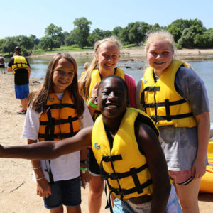 kids ready to kayak
